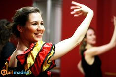 Nos encanta esta foto de una de nuestras #estudiantes aprendiendo a #bailar #Flamenco --- We love this picture of one of our #students learning how to #dance #flamenco