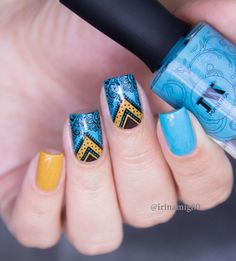 Creative Nail Designs, Creative Nails, Nail Art Designs, Nail Polish Style, Half Moons, Chevron Nails, Hair And Makeup Tips, Stamping Nail Art, Short Nails