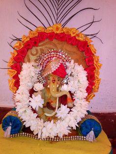 Ganpati Decoration At Home, Indian Gods, Festival Decorations, Durga, New Beginnings, Festivals, Mythology, Maya, Floral Wreath
