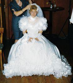 White Wedding Gowns, Beautiful Wedding Gowns, Beautiful Bride, Beautiful Dresses, 1980s Style Wedding Dresses, New Wedding Dresses, Petticoated Boys, Feminized Boys, Transgender Mtf
