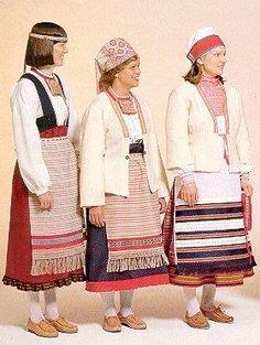 Женские финские костюмы