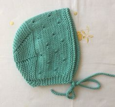 Knitted Hats, Winter Hats, Sewing, Knitting, Beanies, Knits, Layette, Tricot, Dressmaking