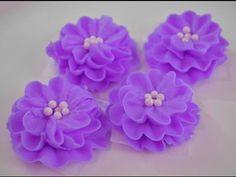 Receta: Suspiros en forma de rosas -- Merengue suizo - YouTube