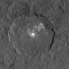Los misteriosos puntos brillantes de Ceres, más cerca que nunca