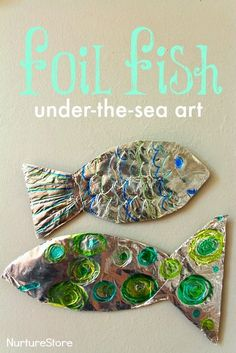 fish craft :: ocean theme for preschool Gorgeous foil fish craft :: Great under the sea art / ocean craft for kids.Gorgeous foil fish craft :: Great under the sea art / ocean craft for kids. Preschool Themes, Preschool Crafts, Water Theme Preschool, Preschool Art Lessons, Kid Crafts, Fall Crafts, Decor Crafts, Fish Under The Sea, Under The Sea Crafts