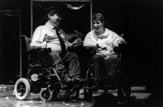 Actores Discapacitados Actuando en Silla de Ruedas, fotografia en Blanco y Negro TIF Fotos the Iban
