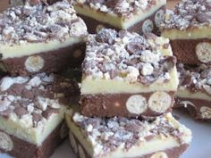 ♥ The Goddess's Kitchen ♥: Deluxe Malteser Traybake