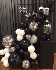 30th Birthday Ideas For Women, Birthday Party Decorations For Adults, Balloon Decorations Party, Boyfriends 21st Birthday, Adult Birthday Party, 30th Birthday Parties, Birthday Party Themes, Deco Ballon, Birthday Balloons