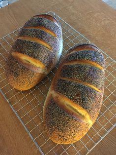 Scandinavian Food, Brunch, Food And Drink, Dessert, Baguette, Breads, Recipes, God, Bread Rolls
