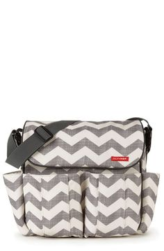 Free shipping and returns on Skip Hop 'Dash' Messenger Style Diaper Bag at Nordstrom.com. A sporty, stylish diaper bag has space for everything baby might need and a zippered compartment to stash cell phones or other parental necessities. Patented Shuttle Clips allow the bag to be easily converted from a shoulder bag to a stroller bag.