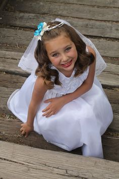 Did this First Communion picture of my sister on my own. LOVE!