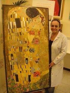 Il Bcio di Klimt dipinto su legno