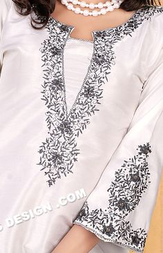 I love this embroidery and the shape of the neckline Embroidery On Kurtis, Embroidery On Clothes, Embroidery Fashion, Embroidery Dress, Latest Embroidery Designs, Embroidery Suits Design, New Kurti Designs, Salwar Designs, Kurti Sleeves Design