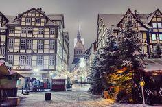 Traditioneller Weihnachtsmarkt im Schnee: Die schönsten Weihnachtsmärkte. Ein Kurzurlaub in der Weihnachtszeit!