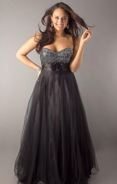 Cheap plus size military ball dresses - plus size prom dresses Long Party Gowns, Quinceanera Dresses, Wedding Party Dresses, Grad Dresses Short, Plus Size Prom Dresses, Elegant Dresses, Formal Dresses, Military Ball Dresses, Modelos Plus Size