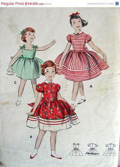 SALE:) UNCUT Vintage Butterick Pattern 8001 - DARLING Little Girls Bouffant Dress  - Size 8 Breast 26