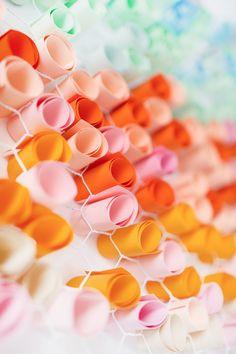 COLOR | chicken wire + paper / diy paper wall art / sugar & cloth