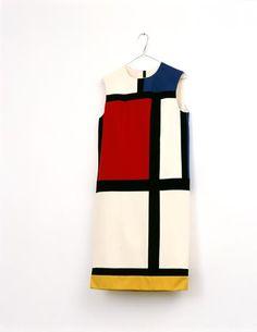 Tänk om man hade en Mondrianklänning.