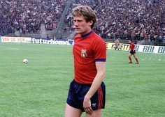 Ladislau Boloni Soccer, Game, Sports, Beautiful, Bucharest, Hs Sports, Futbol, European Football, Gaming
