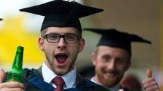 Debería importar la universidad de la que te graduaste para conseguir trabajo? - BBC Mundo