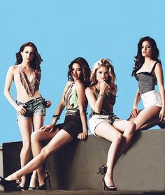 Pretty Little Liars. Spencer, Emily, Hanna, & Aria
