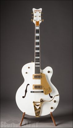 thedailygit: Gretsch White Falcon see more guitars at Lauzon Music www.lauzonmusic.com all photography by Scott McGuigan www.scottography.com #426 --- https://www.pinterest.com/lardyfatboy/
