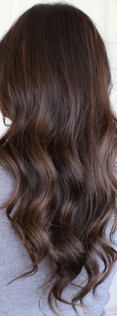 Auburn Balayage Highlights auburn balayage highlights on brunette hair Brunette Hair With Highlights, Dark Brunette Hair, Brunette Color, Balayage Brunette, Balayage Hair, Dark Hair, Auburn Balayage, Balayage Highlights, Hair Color Auburn
