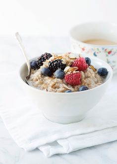 Slow Cooker Vanilla Spiced Oatmeal
