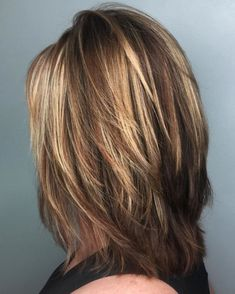70 Brightest Medium Layered Haircuts to Light You Up Medium Cut With Feathered Layers Medium Length Hair Cuts With Layers, Mid Length Hair, Medium Hair Cuts, Medium Hair Styles, Curly Hair Styles, Medium Cut, Hair Layers, Medium Brown, Medium Layered Haircuts