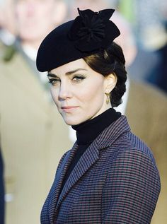 Kate Middleton Hats, Princesse Kate Middleton, Estilo Kate Middleton, Kate Middleton Style, Prince William And Kate, William Kate, Prince Philip, Duchess Kate, Duke And Duchess
