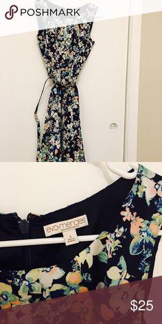 EVA MENDES BA NY AND COMPANY 🛍 As new🛍 New York & Company Dresses