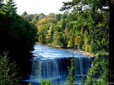 Tahquamenon Falls, Paradise, Michigan.i was there today too.i took some great pictures there.