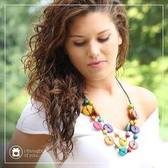 Warm up your look with styles made from sustainable woods. Our Roda Necklace is handmade from painted mahogany wood beads and is as lightweight as it is beautiful!
