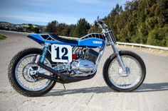 Yamaha's pocket rocket was one of the fastest A-to-B bikes in its day. This modern dirt track conversion is even quicker still. Yamaha Rd 350, Yamaha Rxz, Yamaha Motorcycles, Vintage Motorcycles, Custom Motorcycles, Custom Bikes, Flat Track Motorcycle, Flat Track Racing, Tracker Motorcycle
