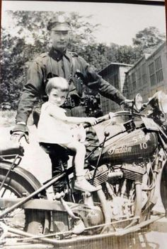 Indian Motorcycles, Trikes & Sidecars Rentals. Chieftrikerentals.com Vintage Indian Motorcycles, Antique Motorcycles, American Motorcycles, Vintage Bikes, Womens Motorcycle Helmets, Motorcycle Girls, Cruiser Motorcycle, Indian Motors, Indian Scout