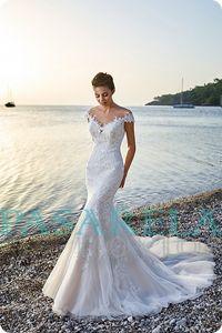 Vestidos de novia y complementos PASARELAnovios