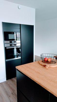 My Kvik Tinta Black kitchen with bamboo countertop