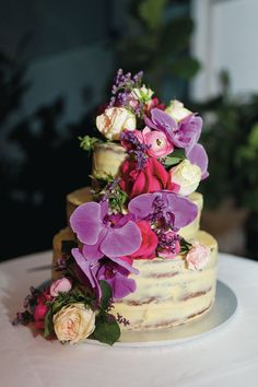// REAL WEDDING // We're kind of obsessed with this cake from Erinn and Marko's wedding. So colourful, so pretty! http://www.queenslandbrides.com.au/wedding-erinn-marko/?utm_campaign=coschedule&utm_source=pinterest&utm_medium=Queensland%20Brides%20Magazine&utm_content=Just%20Married%3A%20Erinn%20and%20Marko