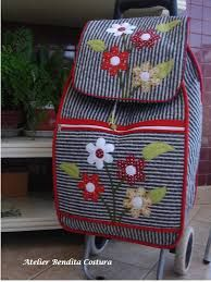 Bildergebnis für carros compra patchwork Trolley Bags, Sewing Projects, Projects To Try, Car Shop, Pin Cushions, Knit Crochet, Lunch Box, Patches, Sewing Patterns