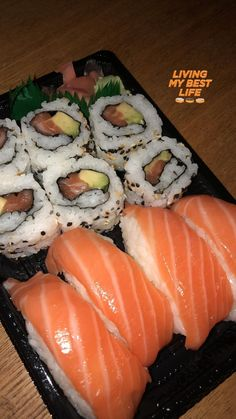 Sushi lifestyle 🍣🍣🍣🍣🍣🍣🍣 by Snap Food, Food Snapchat, Food Goals, Aesthetic Food, Food Diary, Food Cravings, My Favorite Food, Food Pictures, I Foods