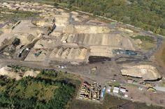Tertre : fin de l'évacuation des terres polluées de Carcoke en 2017 #spaque #remediation #rehabilitation #fricheindustrielle #brownfield