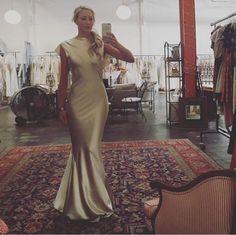 Just look at how gorgeous @juliemintz is in our Mandana. #shareenbridal #shareendotcom #shareencollection #indiebride #bohobride #bohemianbride #bohemianwedding #nontraditionalbride #nontraditionalbridal #nontraditionalwedding #bridesmaid #bridesmaiddress #crepebacksatin #bias #satin #curves #shareendtla #bridesmaidinspo #bridesmaidinspiration #bridalgown #bridaldress #bride #bridal #wedding #weddingdress #weddinggown #regram from @shareenbridal