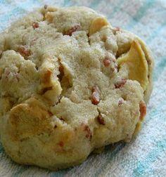 Μπισκότα με μήλο Bacon Cookies, Cake Cookies, Cupcake Cakes, Jam Tarts, Cookie Tutorials, Dessert Recipes, Desserts, Cookie Recipes, What To Cook