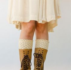 Sport-Weight Honey Boot Liners by Pam Powers Knit Kit