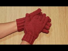 Fingerless Gloves, Arm Warmers, Knitting, Youtube, Manicures, Barbie, Shorts, Fashion, Knit Mittens