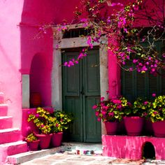Pink house with pots of flowers and bougainvillea in Halki, Naxos island, Cyclades, Aegean_ Greece Pink Love, Pretty In Pink, Hot Pink, Bright Pink, Pink Houses, Colorful Houses, White Houses, Everything Pink, Belle Photo