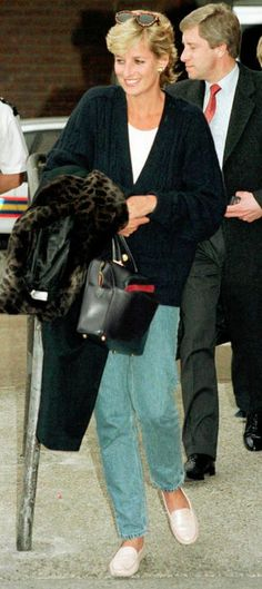 Lady D con Freddy Mercury in bar gay vestita da uomo. La rivelazione di Cleo Rocos sulla notte brava di Diana Spencer (FOTO)