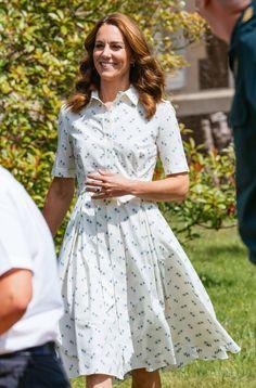 Pippa Middleton, Estilo Kate Middleton, Princesa Kate Middleton, Kate Middleton Style, Kate Middleton Fashion, Kate Middleton Jewelry, Duke And Duchess, Duchess Of Cambridge, Short Shirt Dress