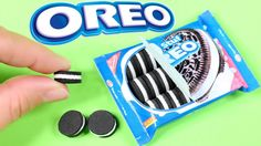 These American Girl Oreos look very real and are super easy to craft. I made these Oreos for our doll food collection. Now your doll. American Girl Food, American Girl House, American Girl Parties, American Girl Crafts, American Dolls, Crafts For Girls, Diy For Girls, Oreos, Ag Doll Crafts