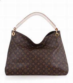 So lucky to find a online Louis Vuitton outlet da4d33eeaa12c